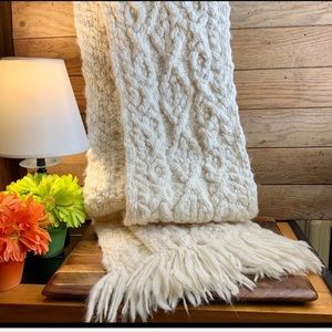 Gap 100% Wool Knitted And Fringed Scarf